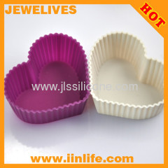 Mini silicone cupcake and muffin mold with heart shape