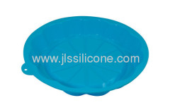 Silicone kitchen muffin and cake baking pan