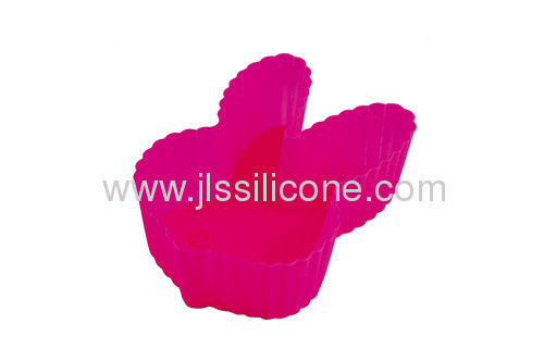 Red rabbit shaped silicone muffin baking pan