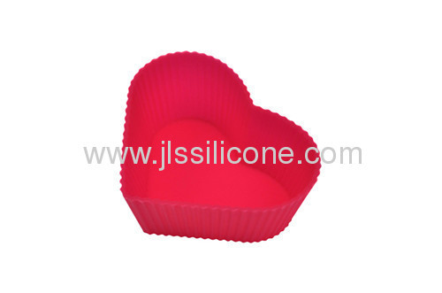 semi-transperant heart shaped silicone cupcake and muffin mold