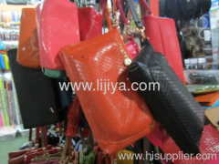 single leather shoulder bag