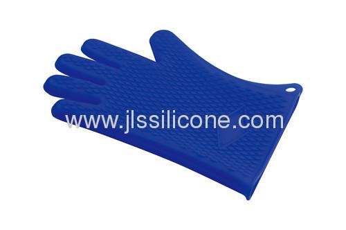 Embossed anti-slip silicone oven mitt or pot holder