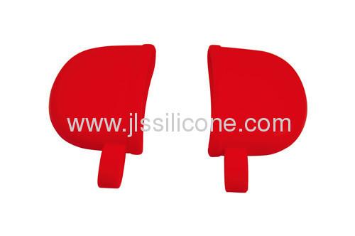 Light and flexible silicone pot clip in fashion design