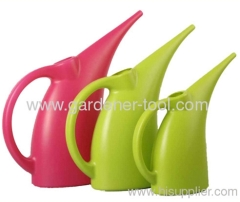 Plastic 1000ml mini watering cans.