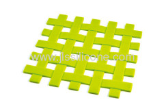 Cross weaved and anti skid silicone cup and pot mat