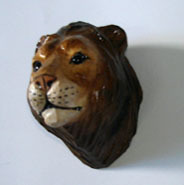 "Wood Carved Fridge Magnet with ""Lion"" shape"