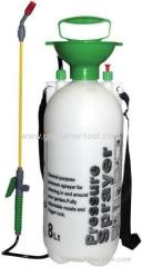 Plastic air-pressure irrigation water sprayer for chemical