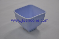 Easy carry silicone container or silicone pot