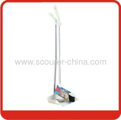 White Dustpan&Broom for household using