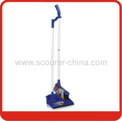 Dustpan&Broom with two sections in Aluminum handle