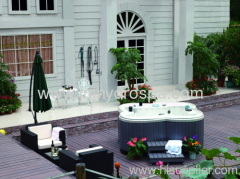 Outdoor Jacuzzi spa tub