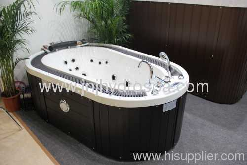 Hot tubs bath indoor spa tubs spas indoor baths from for Small hot tubs for small spaces