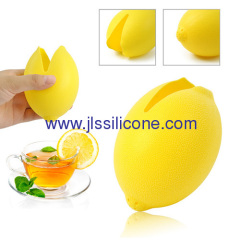 Charming silicone lemon or juice squeezer