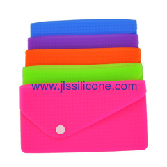 Envelope shaped silicone wallet bag