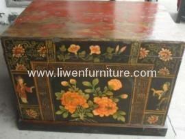 Chinese trunk antique furniture