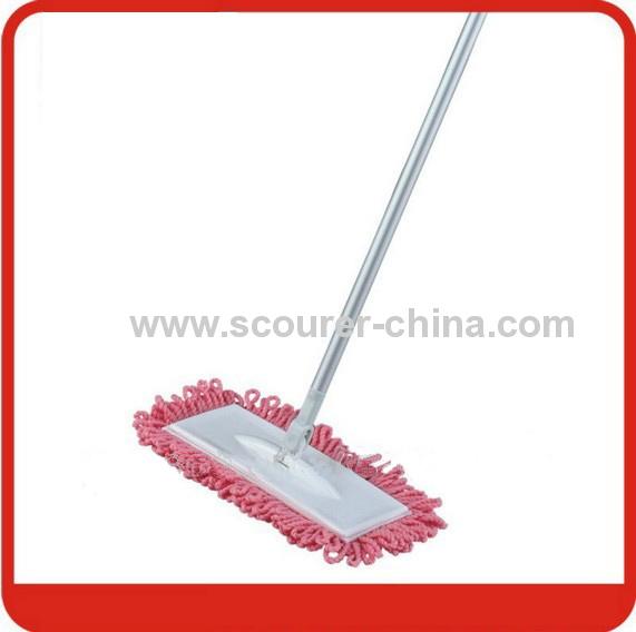 Aluminium flat mop with microfiber fabric pad