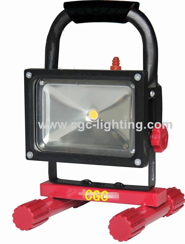 5 Ft. 800 Lumen Portable LED Work Light