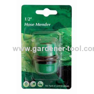Plastic 1/2Garden Hose mender to repair 1/2hose if it is cutted off