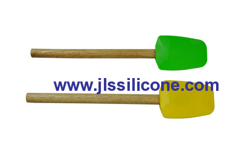 wood handled silicone butter spatula and scraper