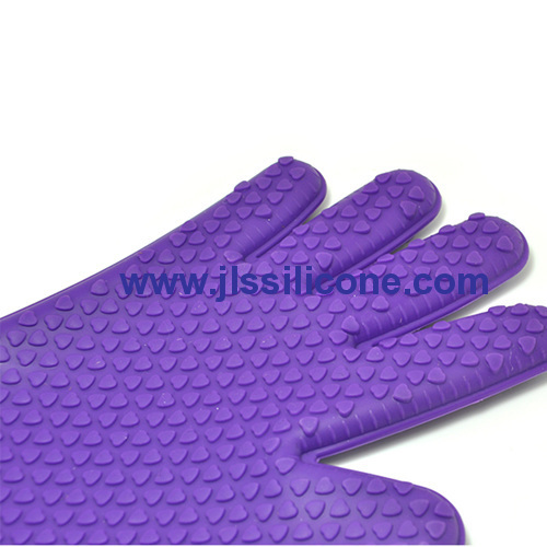 silicone kithen glove with heart embossment