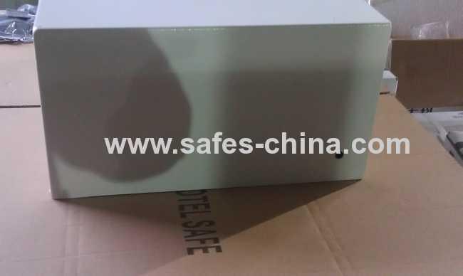 Electronic hotel safe boxes