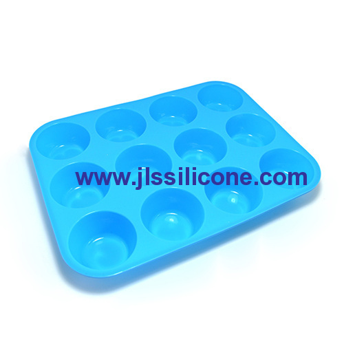 12-cavity silicone cake and candy baking molds