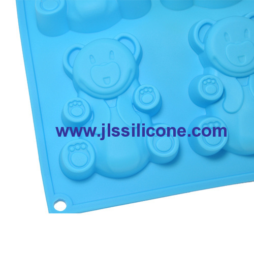 6-cavity teddy bear silicone baking pan