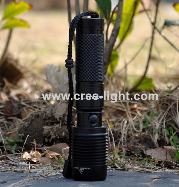 2 in 1 500LM Power Style Police T6 XML Torch W/ Iphone 4s /5 Charger ACK-1141