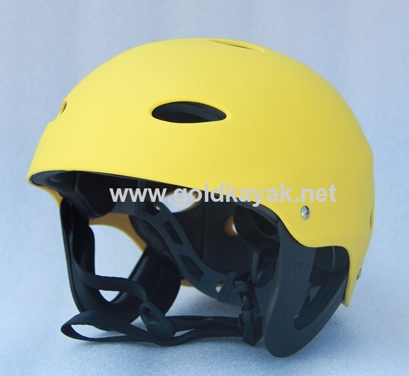 helmets used on kayak