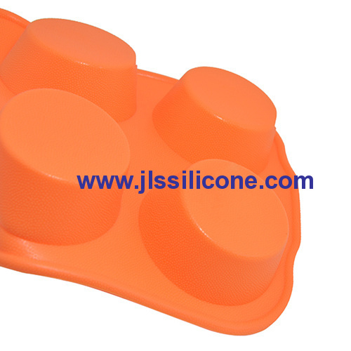 6-cavity silicone candy molds