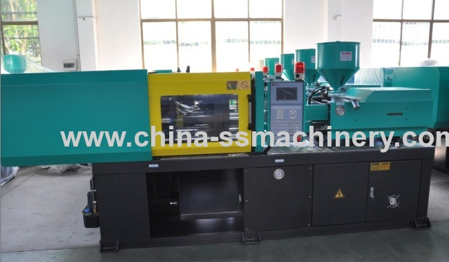 small and precise injection molding machine successfully exhibited