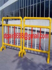 Fiberglass barriers& temporary fencing