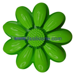 silicone cake or pizza baking pan in sunflower shape