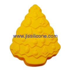 Cheerful big christmas tree silicone baking pan