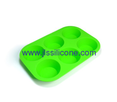 Silicone cake baking tray with 6 cups
