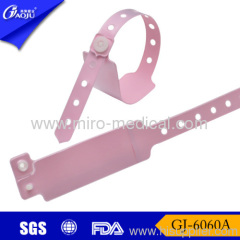Mother use id wristbands
