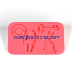 key shaped silcione ice cube tray and chocolate baking pan