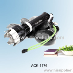 New C8 With Attack Head! Zoomable 500LM CREE XML-T6 Ultra Power Bicycle Torch ACK-1176
