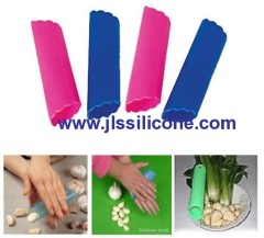 tube shaped silicone garlic peeler