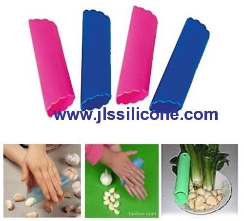 tube shaped silicone garlic peeler