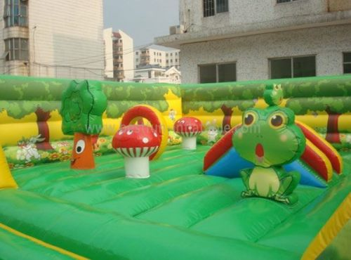 Commercial Inflatable Jungle Bounce For Toddler
