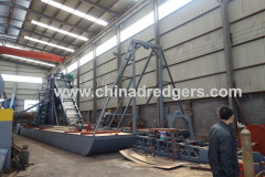 River sand iron ore dredge