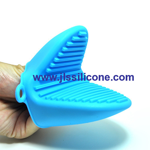 Silicone heat resistant silicone oven mitt