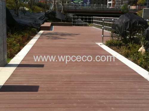terrasse composite resistance