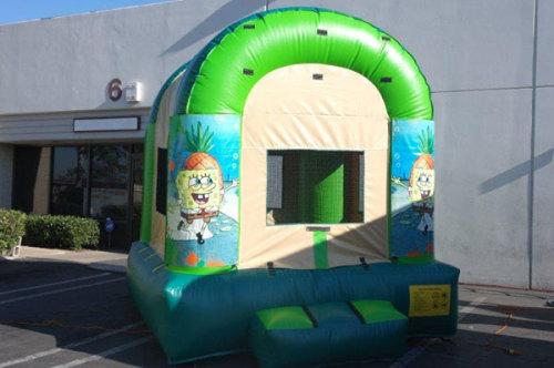 Bouncer Spongebob Christmas Inflatable