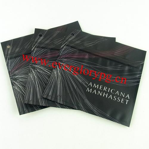 Matte aluminum foil bag for cosmetics with zipper