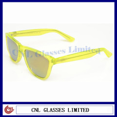 Clear frame sunglasses wayfarer