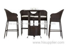Wicker bar chair and table