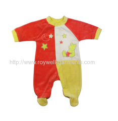 Disney winnie the Pooh pattern baby jumpsuit