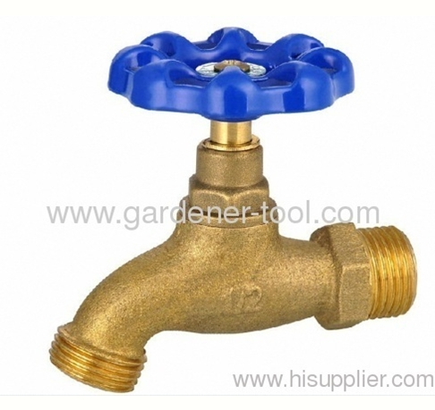 Brass water bibcock with circle handle for 1/2or 3/4tap connector.